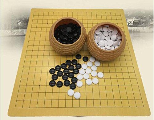 FunnyGoo Juego de Mesa Go Chess con Piedras de plástico en latas de imitación + Cuero Go Board, 18.9 x 19.3 Pulgadas