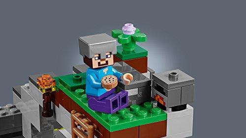 LEGO Minecraft - La Cueva de los Zombis, Juguete de Construcción Inspirado en el Videojuego, Incluye Personajes como Steve y un Zombie, Set a partir de 7 años (21141)