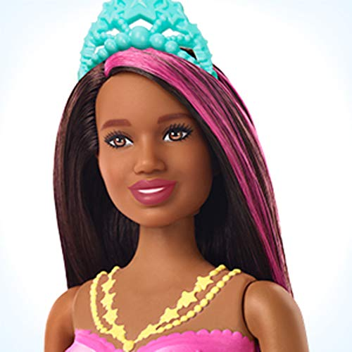 Barbie Dreamtopia, Sirena morena nada y brilla con accesorios (Mattel GFL83)